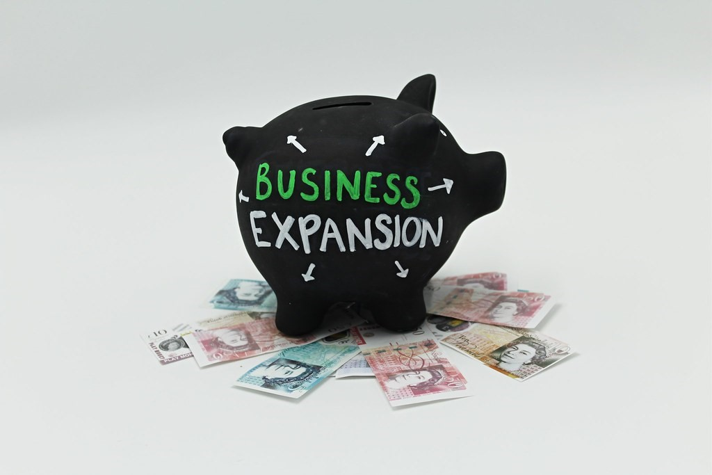 Business Expansion | For businesses: image of a piggy bank w… | Flickr